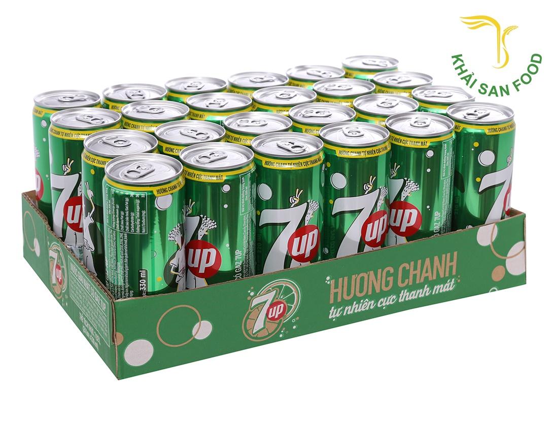 Với tone màu xanh chủ đạo của thiết kế vỏ lon, 7UP đã gợi lên sự tươi mới, trẻ trung, căng tràn sức sống